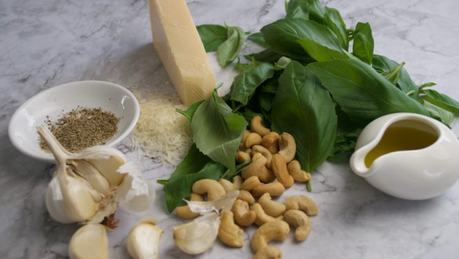 Basil and cashew pesto
