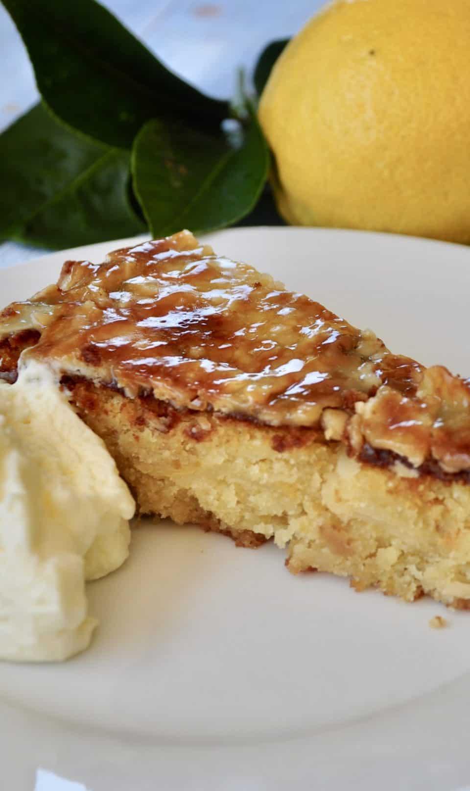 Italian lemon, almond and white chocolate cake - gluten free