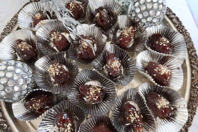 Chocolate and almond toffeed dates