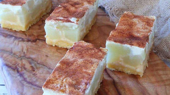 Quick Apple and Sour Cream Slice