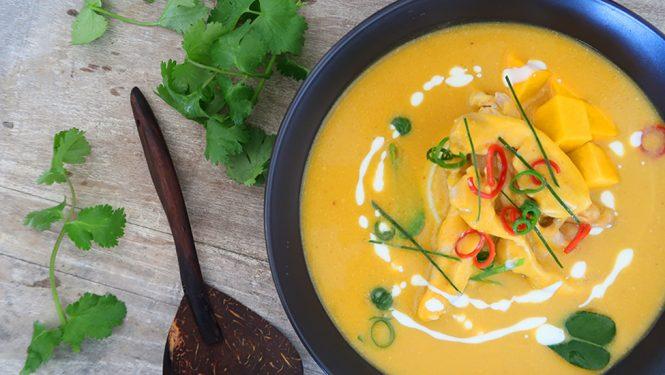 Thai pumpkin soup with chicken