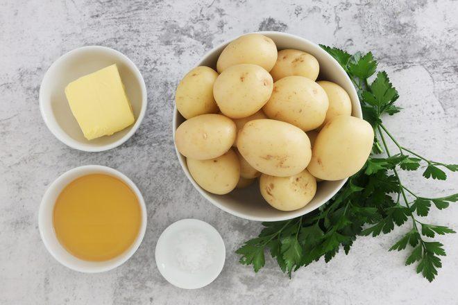 ingredients to make Crispy Smashed Roast New Potatoes